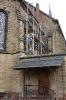 Gerüst für Reparatur Fenster